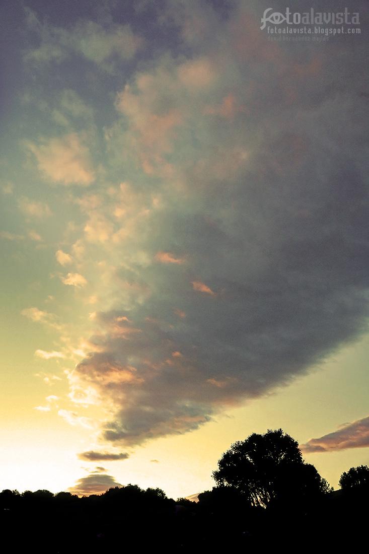 Cielo pintado naturalmente de acuarela - Fotografía artística