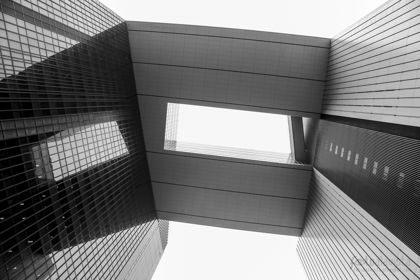 Un espacio abierto hacia el cielo - Fotografía artística
