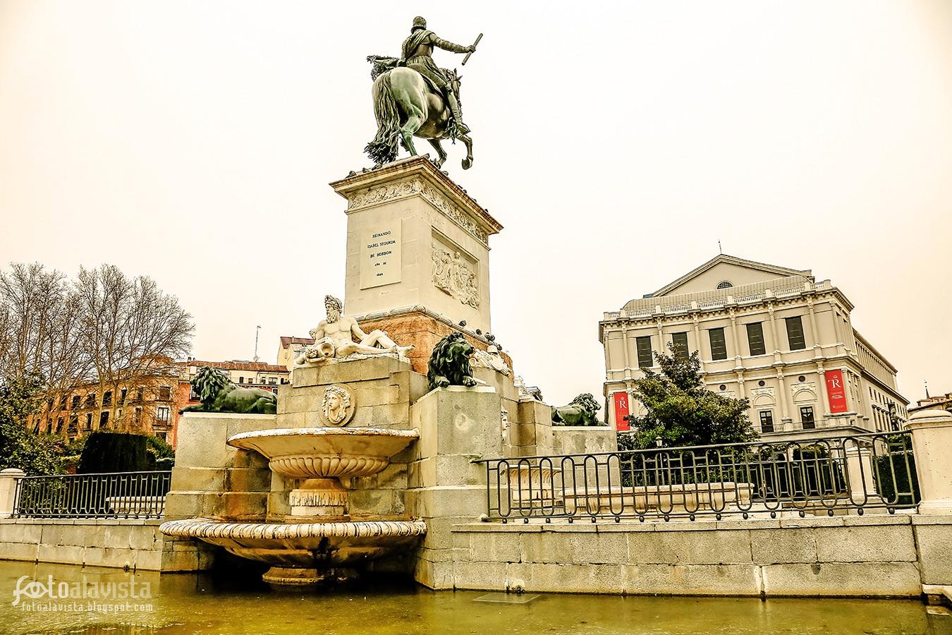 Reinando Isabel II de Borbón - Fotografía