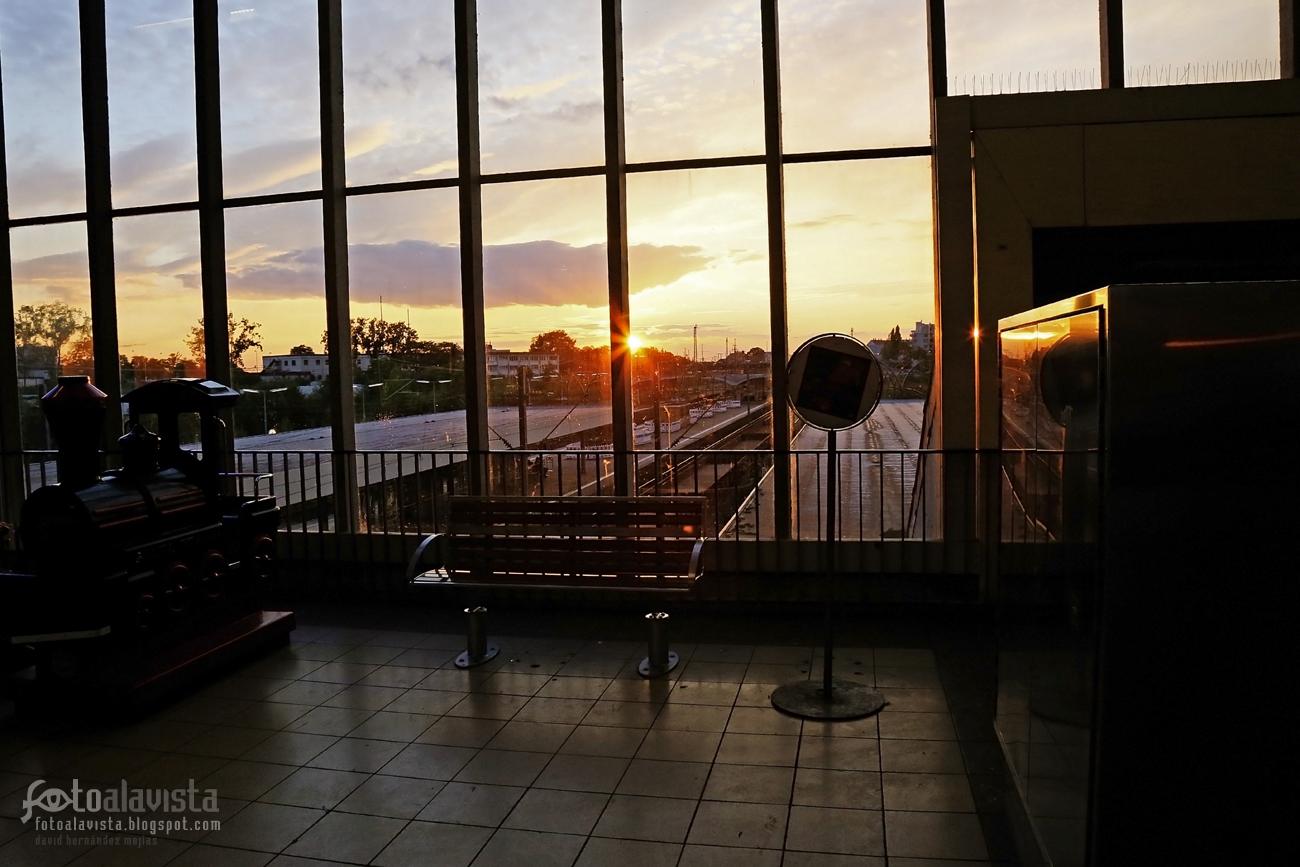 Así ya se puede esperar en la estación. Fotografía creativa - Fotografía artística